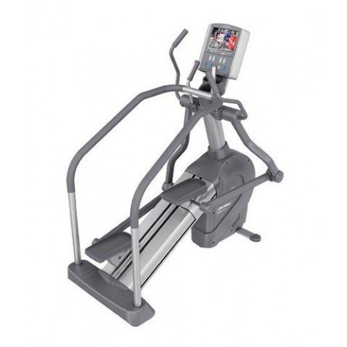 Life Fitness 95 LE Summit Trainer TV/Touch Screen Commercial Crosstrainer