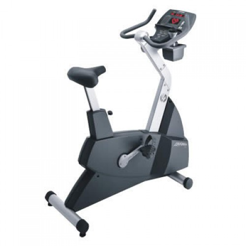 Life Fitness 93C Commercial Upright Bike
